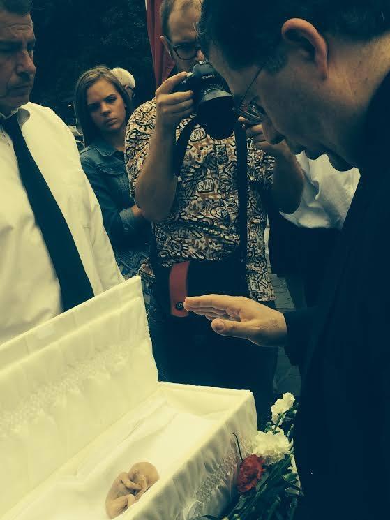 funeral bebé abortado
